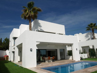 Contemporary Villa for sale in Estepona, Marbella