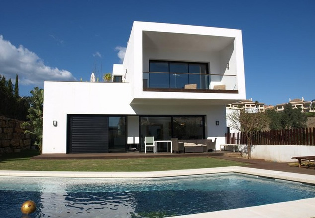 Modern Villa for sale in Nueva Andalucia, Marbella